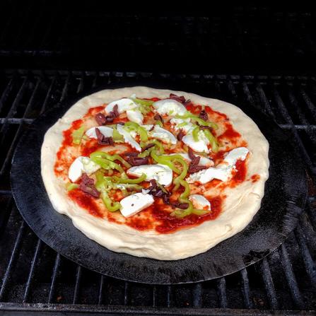 Πως ψήνουμε τέλεια πίτσα σε BBQ υγραερίου;