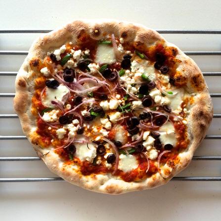 Pizza Ελληνική