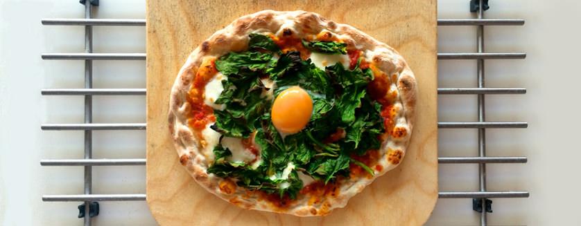 Pizza Fiorentina - Η μαγεία είναι στον κρόκο!